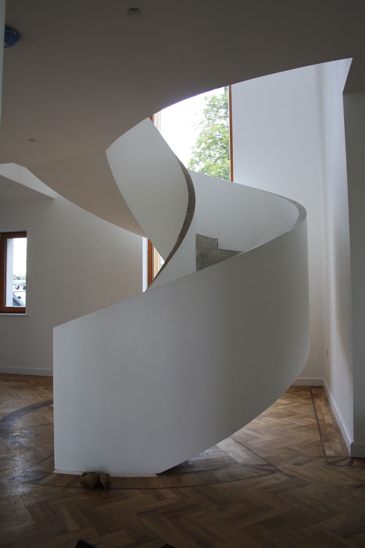 Helical Staircase. Engineer, Martin Peters Associates, Consulting Engineers. Architect, Reddy Architecture. Contractor, Brian Formwork